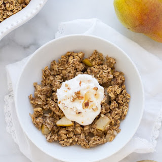Baked Ginger and Pear Oatmeal