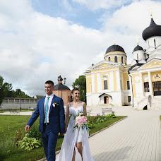 Wedding photographer Lena Andrianova (andrrr). Photo of 11.10.2017