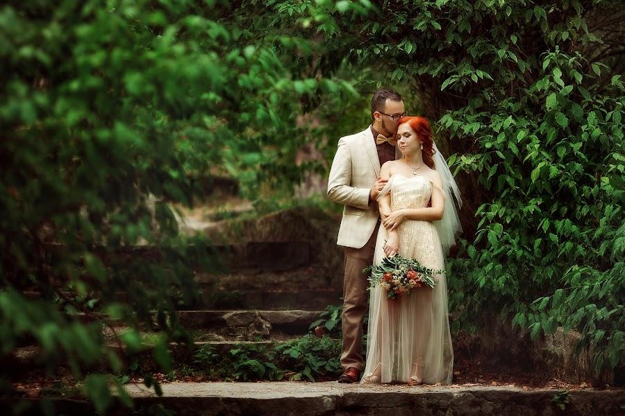 Wedding photographer Lyubov Pyatovskaya (Lubania89). Photo of 24.07.2016