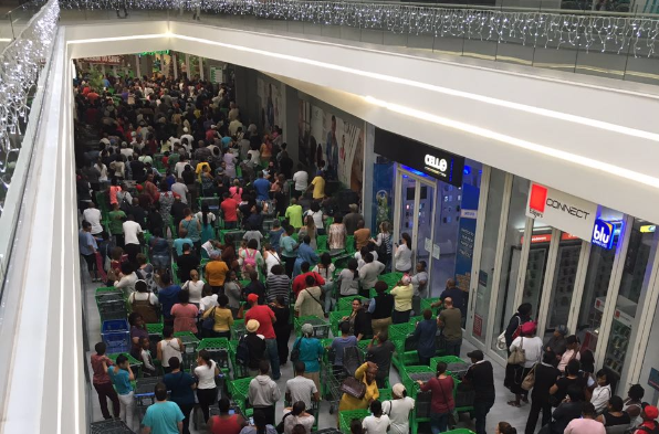 Queue outside Baywest Mall Checkers in PE. Picture: BRIAN HAYWARD