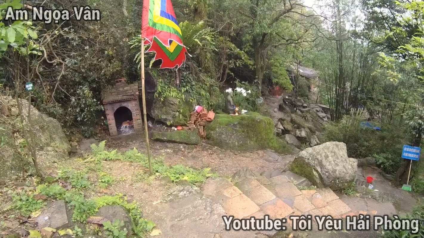 Đây là Lý do Đức Vua Hóa Phật tại Am Ngọa Vân ở Quảng Ninh 11