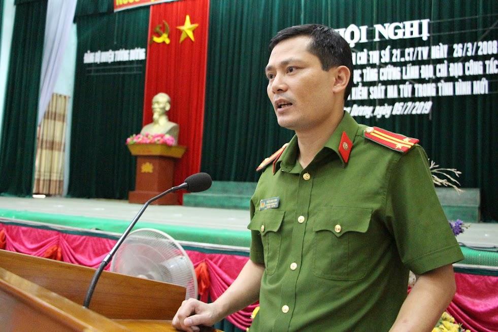 Đại diện Công an tỉnh Nghệ An phát biểu tại hội nghị