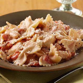 Creamy Chicken, Bacon & Tomato Pasta