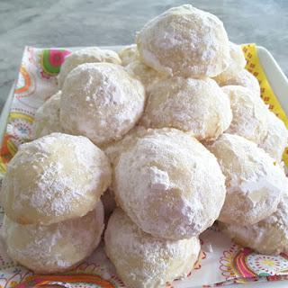 Lemon Meltaway Cookies.