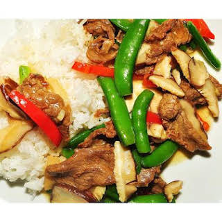 Chinese Stir - Fried Beef & Mushrooms.