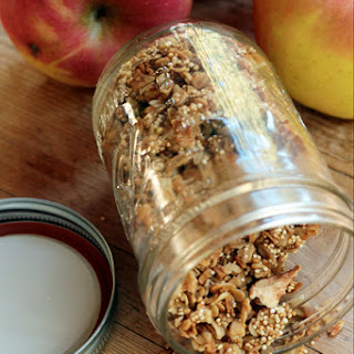 'Spooky' Apple Pie Granola