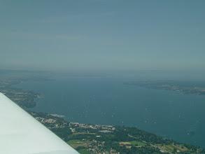 Photo: The huge Lake Geneva http://www.swiss-flight.net