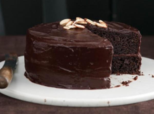 Ever Easy Chocolate Fudge Layer Cake Recipe