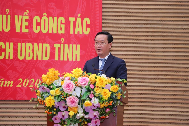 Phát biểu tại buổi lễ, đồng chí Nguyễn Đức Trung gửi lời cảm ơn chân thành tới các đồng chí lãnh đạo tỉnh Nghệ An, bày tỏ vinh dự được Thủ tướng Chính phủ phê chuẩn bầu chức vụ Chủ tịch UBND tỉnh Nghệ An.