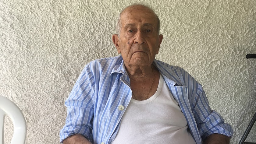 Don manuel cervantes, hace unos pocos meses, en su casa de Puerto Rey, donde disfrutaba de los veranos.