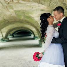 Wedding photographer Olga Kirs (SnakeULTIMATE). Photo of 25.07.2015