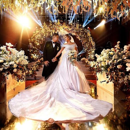 Wedding photographer Andres Henao (henao). Photo of 17.02.2018
