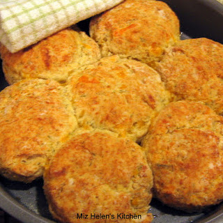 Cheesy Dill Biscuits