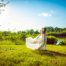 Wedding photographer Kseniya Pecherskaya (foto-ksenia). Photo of 19.07.2015