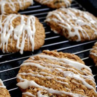 Maple Oatmeal Raisin Cookies!.