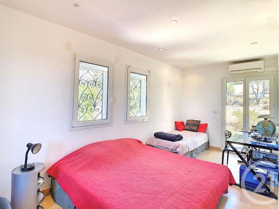 Vente villa 5 pièces 193,9 m2