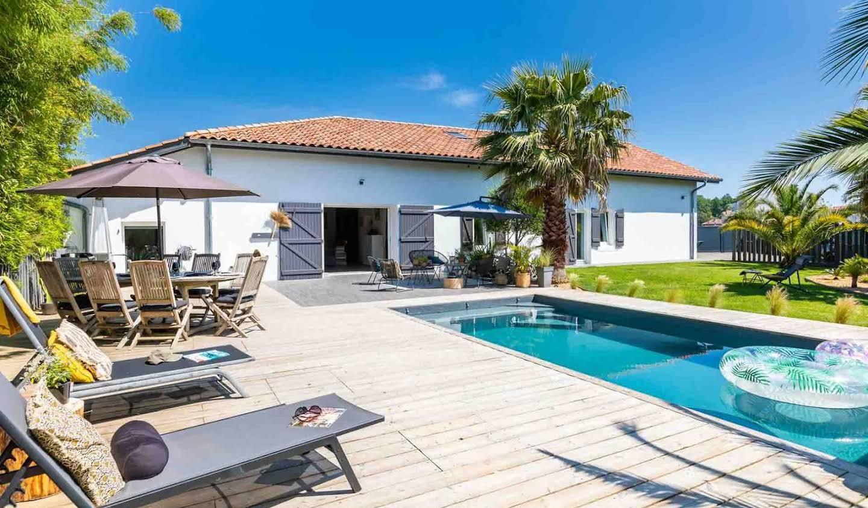 Corps de ferme avec piscine Bénesse-Maremne