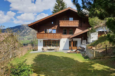A Private Chalet With Views Over the Eggli and the Oldenhorn
