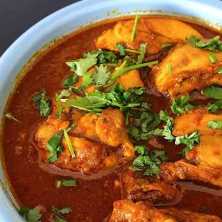 Instant Pot Keto Indian Chicken Vindaloo.