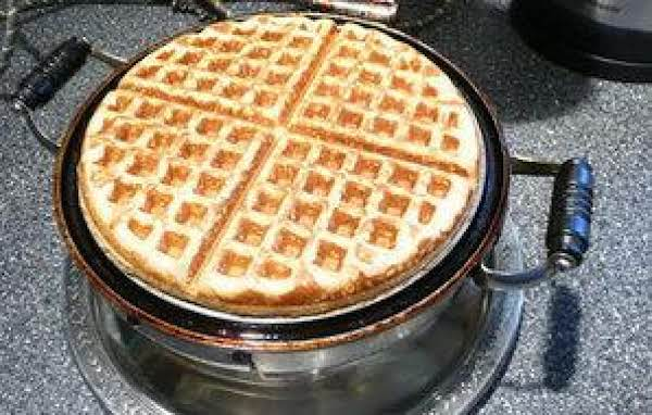 Spiced Gingerbread Waffles