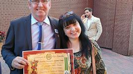 Amills, con su esposa y psicóloga de la asociación, Patricia Cabrera.