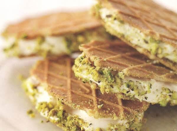 Frozen Lemon Cream Sandwiches