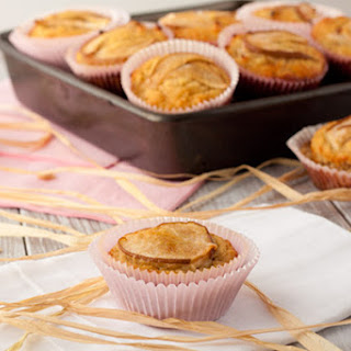 Vanilla Pear Muffins from Healthful Pursuit.