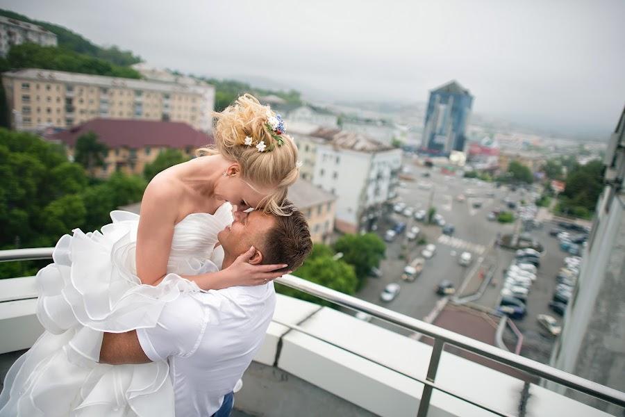 Wedding photographer Anton Tyurin (AntZ78). Photo of 08.09.2016