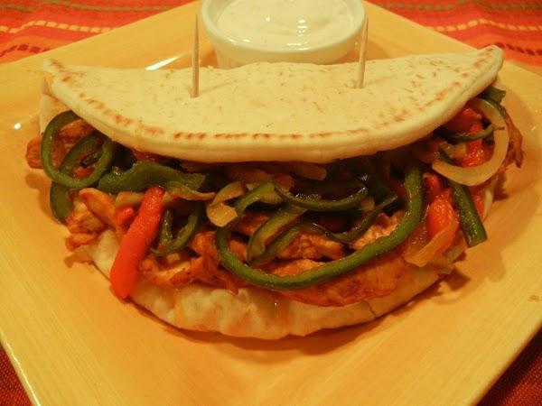 Triple Pepper Chicken Fajita Flatbreads Recipe