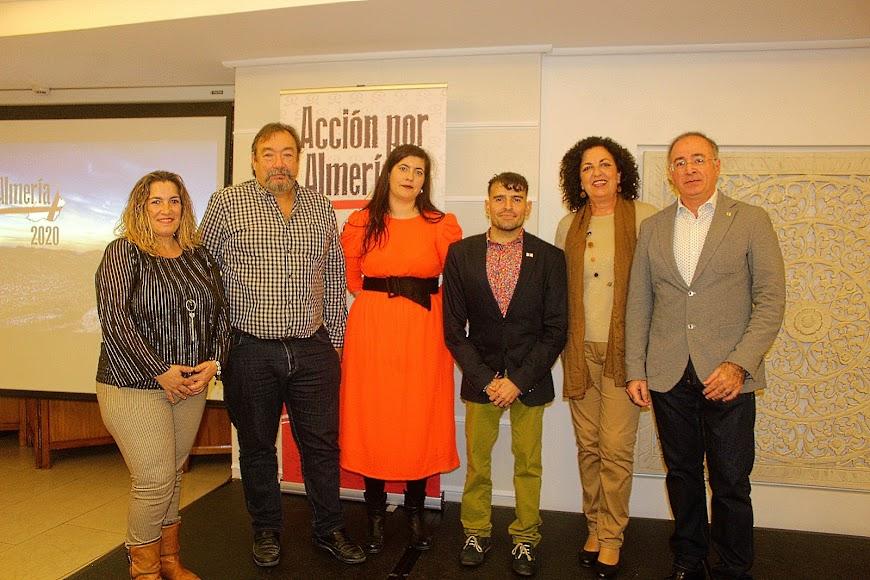 Presidente y Junta Directiva de la Asociación Acción por Almería.