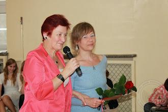 Photo: Zakończenie roku szkolnego klas III Zakończenie roku szkolnego klas III podziękowanie pani psycholog Barbarze Choroszewskiej