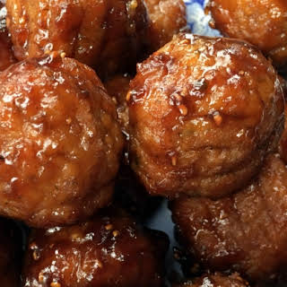 Slow Cooker Raspberry-Balsamic Glazed Meatballs.