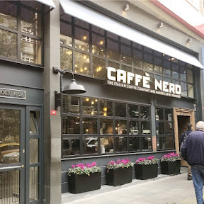 イスタンブール新市街・ニシャンタシュ地区のモダンなカフェ「カフェ・ネロ」