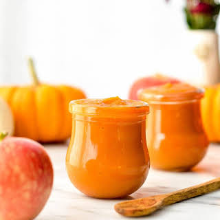 Homemade Apple & Pumpkin Baby Food Puree.
