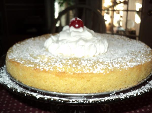 Creamy Lemon Butter Cake Recipe