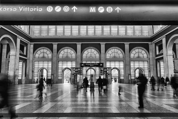 Walking in the station di Davide_79