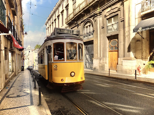 Strade di Lisbona di annabus58