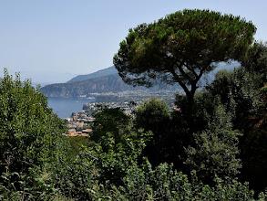 Photo: il piano di Sorrento e Punta Scutolo