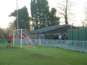 Photo: 10/12/05 v VCD Athletic (FAV3) 1-2 - contributed by Martin Wray