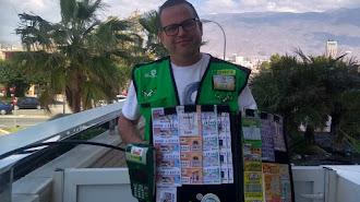 David Ruiz, vendedor de la ONCE que ha repartido la suerte con el número 98753.