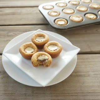 White Chocolate Peanut Butter Cookie Cups #Choctoberfest
