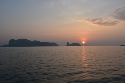 Watch the sun rising over the '4 Islands'