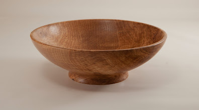 "Photo: Tim Aley 7"" x 2 1/2""  bowl [Tudor Place oak]"