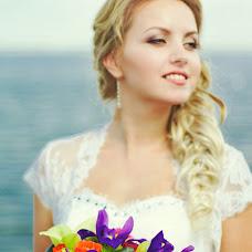 Wedding photographer Anastasiya Shenkel (missvilis). Photo of 13.08.2014