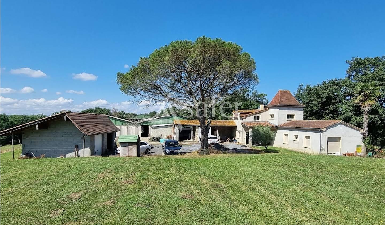 Propriété Castelnau-Rivière-Basse