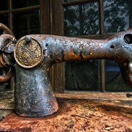 rusty by Yadi Setiadi - Artistic Objects Antiques