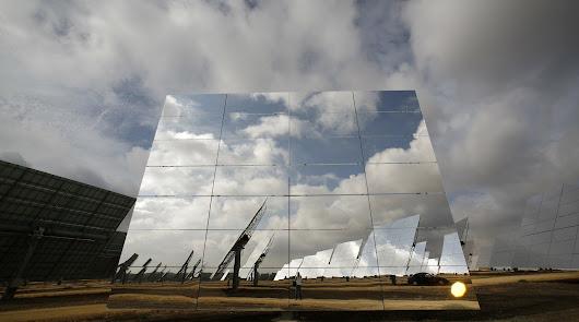 El Gobierno retoma el plan de uso de renovables en las desaladoras