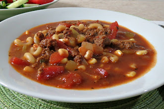 Photo: Hamburger Soup - A thick and hearty soup made with ground beef, tomatoes, corn and seasoning.  http://www.peanutbutterandpeppers.com/2012/12/17/hamburger-soup/  #hamburger   #soup   #beef   #pasta   #souprecipes