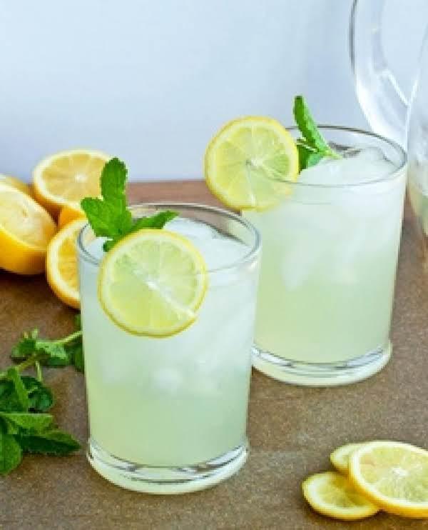 Refreshing Lemonade!