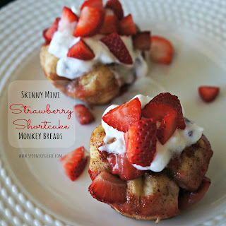 Skinny Mini Strawberry Shortcake Monkey Breads
